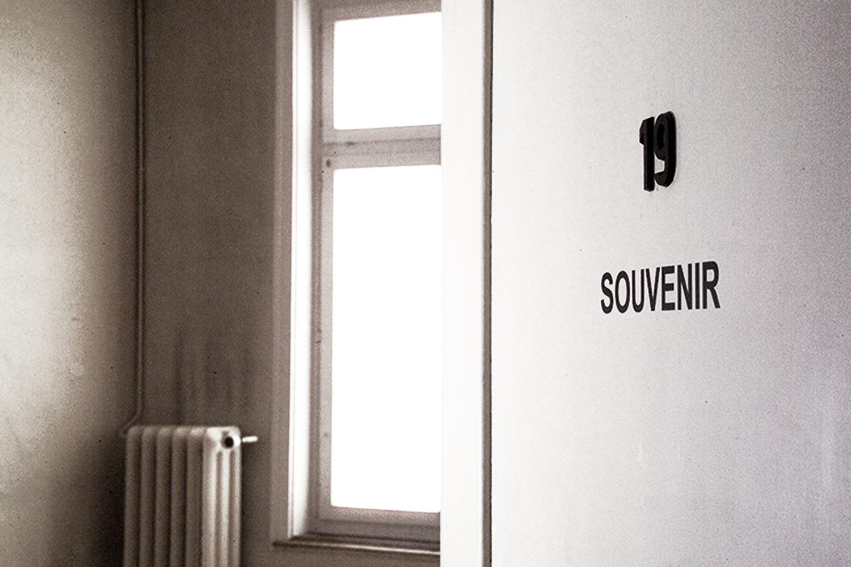 Souvenir / En Passant