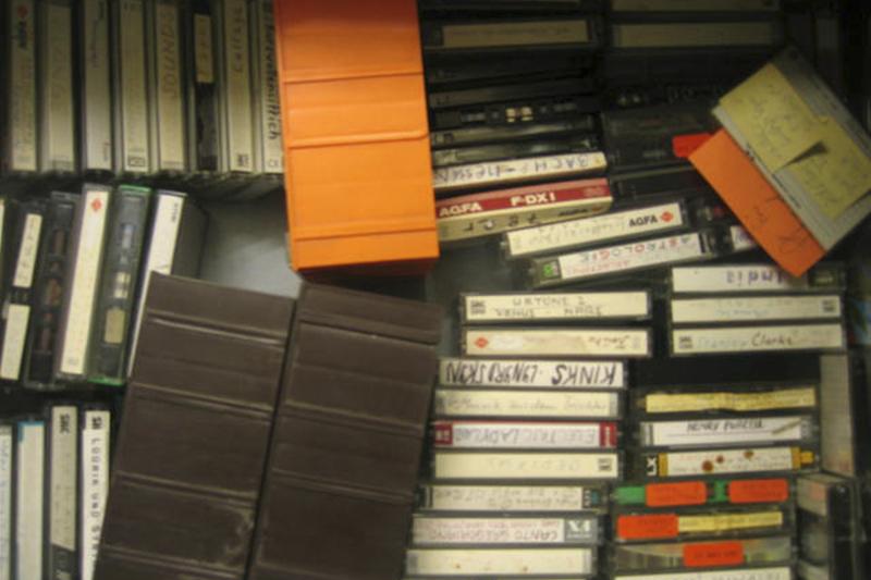12-Kasetten-Musik