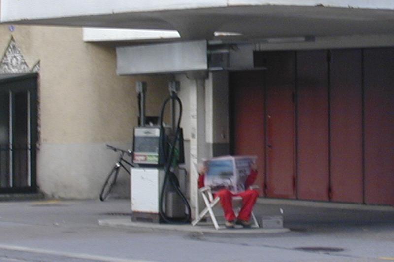 13-Tankstelle-001